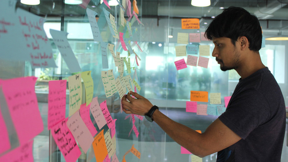 Godrej team mate works on tackling new problems with ID student team.